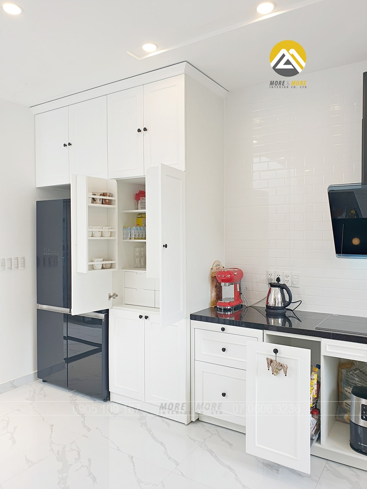 Tủ bếp MDF lõi xanh chống ẩm phủ sơn 2k giả cổ điển